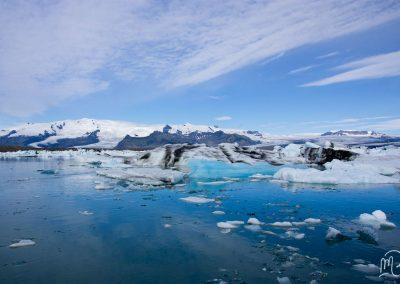 Carnet de voyage : Reportage photo en Iceland sur les lacs et les iceberg. Photographe freelance en Gironde, Bordeaux.
