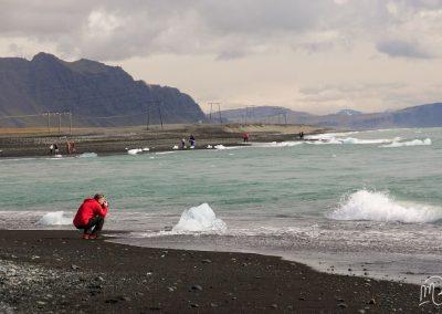 Carnet de voyage : Reportage photo en Iceland sur la plage, l'océan et les iceberg. Photographe freelance en Gironde, Bordeaux.