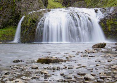 Carnet de voyage : Reportage photo en Iceland sur la nature et les cascades. Photographe freelance en Gironde, Bordeaux.