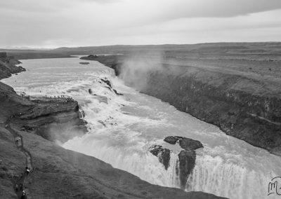 Carnet de voyage : Reportage photo en Iceland sur les cascades. Photographe freelance en Gironde, Bordeaux.